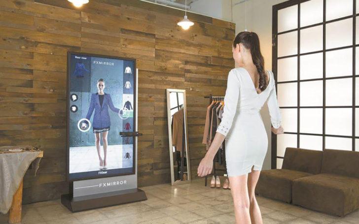 Зачем покупают платья из блокчейна и digital-одежду?